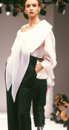 Fondazione Gianfranco Ferré / Collezioni / Donna / Prêt-à-Porter / 1989 / Autunno / Inverno