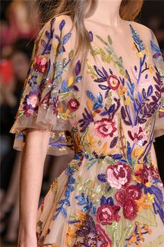 Zuhair Murad Fall 2016 Couture Fashion Show details