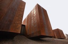 Soulages Museum in Rodex | Corten steel boxes of the museum