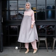 New Collection Langsung Promo ❤️ Cek katalog lainnya di Abaya Fashion, Modest Fashion, Fashion Outfits, Hijab Styles For Party, Hijab Dress Party, Modele Hijab, Muslim Women Fashion, Hijab Fashion Inspiration, Muslim Dress
