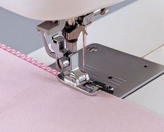 Sewing Machines For Beginners Overlock Overedge Overcasting Foot for Brother Singer Janome Juki Sewing Machine Things you should - Coin Couture, Couture Sewing, Sewing Hacks, Sewing Tutorials, Sewing Patterns, Sewing Tips, Tutorial Sewing, Sewing Essentials, Pouch Tutorial