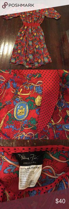 Vintage Diane Freis dress. Diane Freis vintage dress. Shoulder pads. Elastic waist. 100% poly georgette. M/l. Diane freis. Dresses Maxi