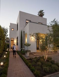Le plus récent Instantanés Style Architectural classic Suggestions Residential Architecture, Contemporary Architecture, Interior Architecture, Contemporary Houses, Big Modern Houses, Minimalist Architecture, Contemporary Wallpaper, Contemporary Chandelier, Contemporary Office