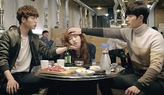 """3rd & 4th teasers for """"Cheese in the Trap"""" 