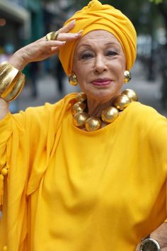 Turban Day on Advanced Style Do It Yourself Fashion, Advanced Style, Ageless Beauty, Glamour, Shades Of Yellow, Aging Gracefully, Mellow Yellow, Mustard Yellow, Old Women