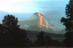 ¿Sabías que el Villarrica es el volcán más peligroso de Chile y el más activo de la Cordillera de Los Andes?. Más en explora.cl
