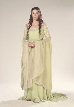 Arwen 'The Lord of the Rings: The Return of the King' Green gown. … Arwen 'The Lord of the Rings: The Return of the King' Green gown. Costume designed by Ngila Dickson. Liv Tyler, Costume Arwen, Lord Of Rings, Aragorn, Legolas, Arwen Lotr, Tauriel, Gandalf, Elfa