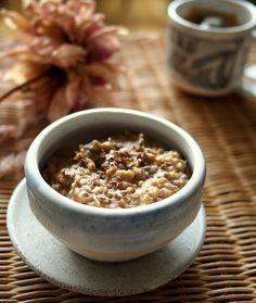 Steel-Cut Oats with Peanut Butter and Banana #breakfast #recipe