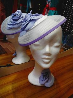 White horse hair and purple trim summer hat Head Pieces, Love Hat, Horse Hair, Summer Hats, Fascinators, We Wear, Derby, Purple, Celebrities