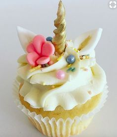 The PRETTIEST Unicorn Cupcake (not sure who from)