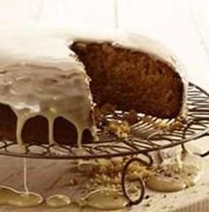 SJOKOLADE KOEKE Flan Cake, South African Recipes, Afrikaans, Coffee Cake, Kos, Delicious Desserts, Decorative Bowls, Cake Recipes, Sweet Treats