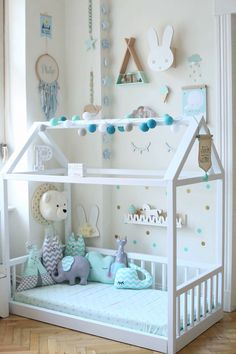 A superb mixed white / mint bedroom. Cushions and similar decor on … - Babyzimmer Ideen Baby Bedroom, Baby Boy Rooms, Little Girl Rooms, Baby Room Decor, Nursery Room, Girls Bedroom, Toddler Rooms, Toddler Bed, Mint Rooms
