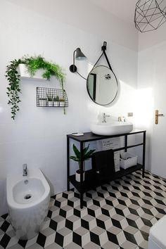 Small bathroom makeover: bathroom before after photos and specifications for a black and white bathroom restyling - ITALIANBARK White Bathroom Interior, Modern Bathroom, Small Bathroom Tiles, Bathroom Before After, Budget Bathroom Remodel, Bathroom Makeovers, Bathroom Remodeling, Bathroom Layout, Bathroom Ideas