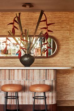 Savor Kelly Wearstler designs relaxed and beachy Santa Monica Proper hotel Your Reference Guide To C Eclectic Furniture, Contemporary Furniture, Furniture Design, Plywood Furniture, Chair Design, Design Design, American Interior, Bamboo Wall, Curved Sofa