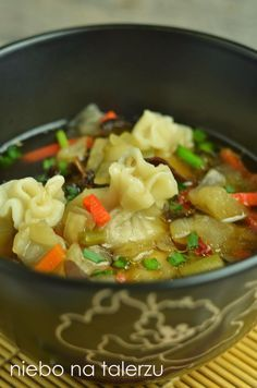 z kośćmi (użyłam 3 kaczych skrzydełek i połowy korpusu, razem ok. Fruit Recipes, Asian Recipes, Soup Recipes, Cooking Recipes, Healthy Recipes, Ethnic Recipes, Clean Eating, Healthy Eating, Asian Soup