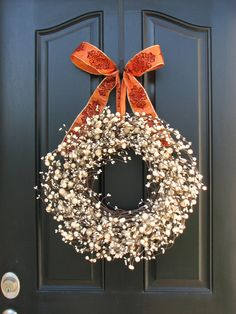 This could work for fall or Christmas or New Year, depending on the ribbon. Love it!