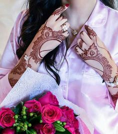 Image may contain: one or more people Cool Henna Designs, Arabic Henna Designs, Stylish Mehndi Designs, Mehndi Designs 2018, Bridal Henna Designs, Beautiful Henna Designs, Mehandi Designs, Khafif Mehndi Design, Mehndi Design Pictures