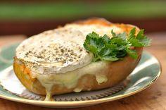 VegeGuláš: Pečená maslová tekvica so syrom a údeným tofu
