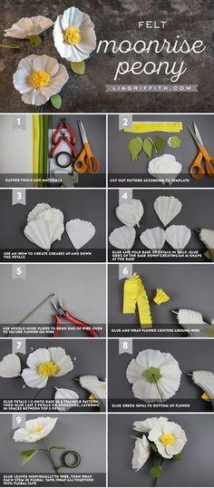 Felt Moonrise Peony - Lia Griffith Paper crafts and paper flowers Tissue Paper Flowers, Felt Flowers, Diy Flowers, Fabric Flowers, Peony Flower, Zipper Flowers, Flower Hair, Felt Diy, Felt Crafts