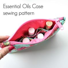 sewhungryhippie: Patterns Essential Oil Carrying Case, Essential Oil Case, Bag Pattern Free, Pouch Pattern, Sewing Tutorials, Sewing Patterns, Sewing Projects, Fabric Bags, Sew Bags