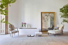 A Stunning Bathroom by Luis Puerta Dark Living Rooms, Home Living Room, Living Room Designs, Baths Interior, Bathroom Interior, Casa Decor 2016, Madrid, My Ideal Home, Furniture Arrangement