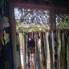 Shabby Chic Ivory and Rose Vintage Mason Jar Bathroom Set or Office Desk Organizer - Home Style Corner Shabby French Chic, Shabby Chic Français, Cortinas Shabby Chic, Rideaux Shabby Chic, Shabby Chic Romantique, Shabby Chic Garland, Shabby Chic Curtains, Rag Curtains, Burlap Curtains
