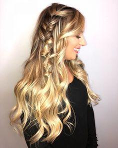 Faux Braid hairstyle # Braids hairlook night 27 Easy DIY Date Night Hairstyles for 2019 # Braids hairlook men # Braids hairlook easy Blond Hairstyles, Date Hairstyles, Going Out Hairstyles, Romantic Hairstyles, Straight Hairstyles, Braided Hairstyles, Simple Hairstyles, Hairstyles Haircuts, Medium Hair Styles