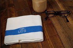 U.S.ARMYのメディカルコットンタオル。 なかなか見ないですよね。 テーブルクロスなんかにすると良さそうですね。  #vinyage #usarmy #medical #towel #tablecloth #used #old #70s #80s #ヴィンテージ #アーミー #メディカルタオル #テーブルクロス #ユーズド #オールド #70年代 #80年代 #古着屋