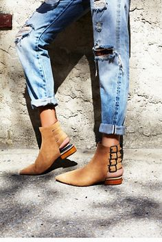 9c446e5521b 129 Best shoes images in 2016 | Shoe boots, Beautiful shoes, Heels