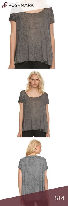 ROCK & REPUBLIC Hi-Lo Swing Tee Oversized Top NWT BRAND NEW WITH TAG:  Step up your everyday style with this women's top from Rock & Republic, featuring a chic Hi-Lo hem in an oversized, swing style. MSRP. $44  PRODUCT FEATURES Raw hem and cuffs Wide neckline with raw trim Studded detail on front Swing, oversized style Hi-Lo hem Un-even color with dark spots allover Jersey knit lighweight construction, may be slightly sheer  Fabric & Care 55% Linen, 45% polyester Hand wash  Actual…