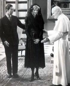 El príncipe Carlos y la princesa Diana reúne con el Papa Juan Pablo II. En 1985.