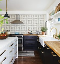 Cottage and Vine: Monday Inspiration | A Modern/Trad 1890's Home