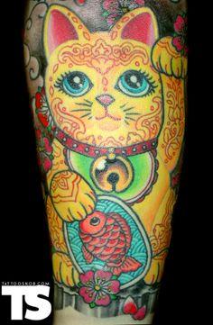 Lucky Cat / Maneki Neko from www.tattoosnob.com