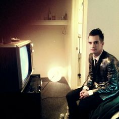 Brendon Urie (Miss Jackson)