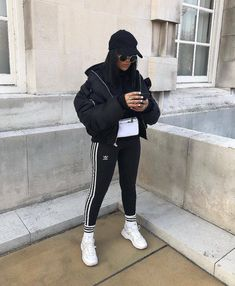 Casual School Outfits, Teenage Outfits, Cute Comfy Outfits, Sporty Outfits, Casual Fall Outfits, Winter Fashion Outfits, Grunge Outfits, Stylish Outfits, Girl Outfits