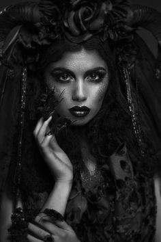 Black Roses, Dark Beauty