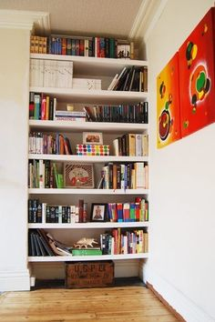 7 Accomplished Simple Ideas: Floating Shelves Books Interiors floating shelf design entry ways.Floating Shelves Diy How To Build floating shelves brackets woods.Floating Shelves Above Couch Picture Ledge. Square Floating Shelves, Floating Shelf Under Tv, Black Floating Shelves, Reclaimed Wood Floating Shelves, Floating Shelves Bedroom, Floating Shelves Kitchen, Rustic Floating Shelves, Shelves Around Tv, Diy Regal