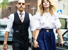 This couple knows how to make a statement in structured pieces. // Photo: The Styleograph #Streetstyle #PFW