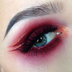 Red and gold smokey eye with graphic eyeliner She's wearing LOVE SICK AMELIE shadows by meltcosmetics Dark Skin Makeup, Red Makeup, Love Makeup, Makeup Inspo, Makeup Art, Makeup Inspiration, Hair Makeup, Exotic Makeup, Makeup Goals