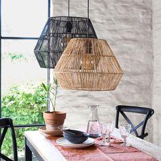 Hanglamp in sisal, YAKU La Redoute Interieurs Rattan Lampe, Diy Luminaire, Diy Home Accessories, Ceiling Decor, Lamp Shades, Sisal, Chandelier Lighting, Yarn Chandelier, Boho Decor