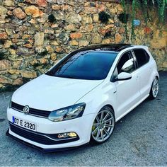 VW Polo.....  #polobuyuksun #polo6r Bugatti, Lamborghini, Ferrari, Vw Polo Modified, Polo Gti, Slammed Cars, Porsche, Volkswagen Polo, Air Ride