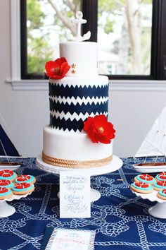 Nautical Weddings Cake | Melody Melikian Photography | #NauticalWeddings