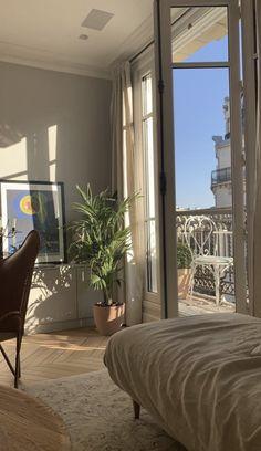 Cheap Home Decor .Cheap Home Decor Home Design, Interior Design, Design Design, French Interior, Interior Paint, Room Interior, Design Ideas, Dream Apartment, Retro Apartment