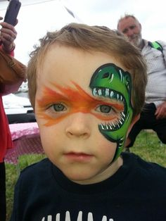 awesome face painting ideas for kids un maquillage de fte pour enfant ! Dinosaur Face Painting, Dragon Face Painting, Face Painting For Boys, Face Painting Designs, Painting Patterns, Body Painting, Face Painting Tips, Face Paintings, Bodysuit Tattoos