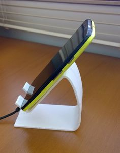Cell Phone Stand by danielolivier http://thingiverse.com/thing:498339