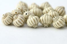 Acrylic Beads Ivory Gold Fluted Lantern 14mm by ReductionNation