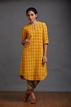 Summer Poem Crepe Kurta – The Kaithari Project Salwar Designs, Kurti Neck Designs, Kurta Designs Women, Kurti Designs Party Wear, Saree Blouse Designs, Frock Fashion, Fashion Dresses, Jd Fashion, Muslim Women Fashion