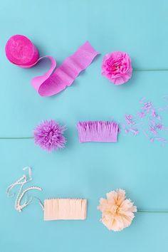 Streamer Flowers, Paper Streamers, Paper Flower Decor, How To Make Paper Flowers, Paper Decorations, Flower Crafts, Diy Flowers, Flower Diy, Origami Flowers