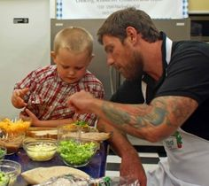Making healthy school lunches with Chuck Hughes of Food Network Canada