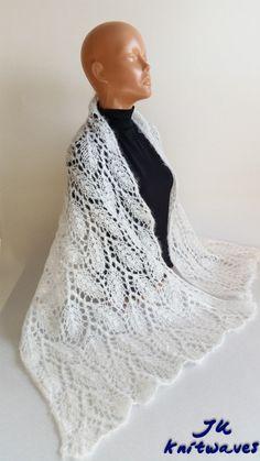 Gelin Şal Modelleri ve Örnekleri , #gelinaksesuar #gelinhazırlık #gelinşalları #örgüşal , Gelinlerin zarafetine güzellik katar mı bilmem ama işte derlediğim gelin şal modelleri ve hepsi harika inanılmaz anlatmaya kelimeler bulamıyoru... Lace Knitting, Baby Knitting Patterns, Knit Crochet, Crochet Hats, Shawl, Womens Fashion, Crafts, Hairpin Lace, Tricot
